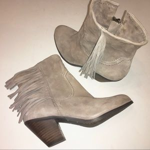 SAM EDELMAN taupe Louie ankle boots